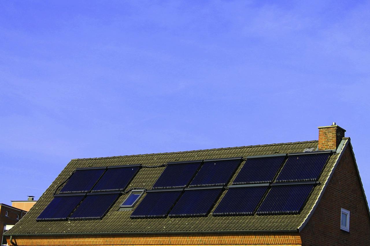 AleaSoft - Fotovoltaica autoconsumo paneles solares