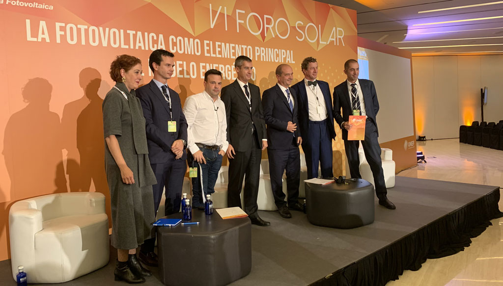 AleaSoft - VI Foro Solar UNEF 2019 panelists decision making photovoltaic plant development