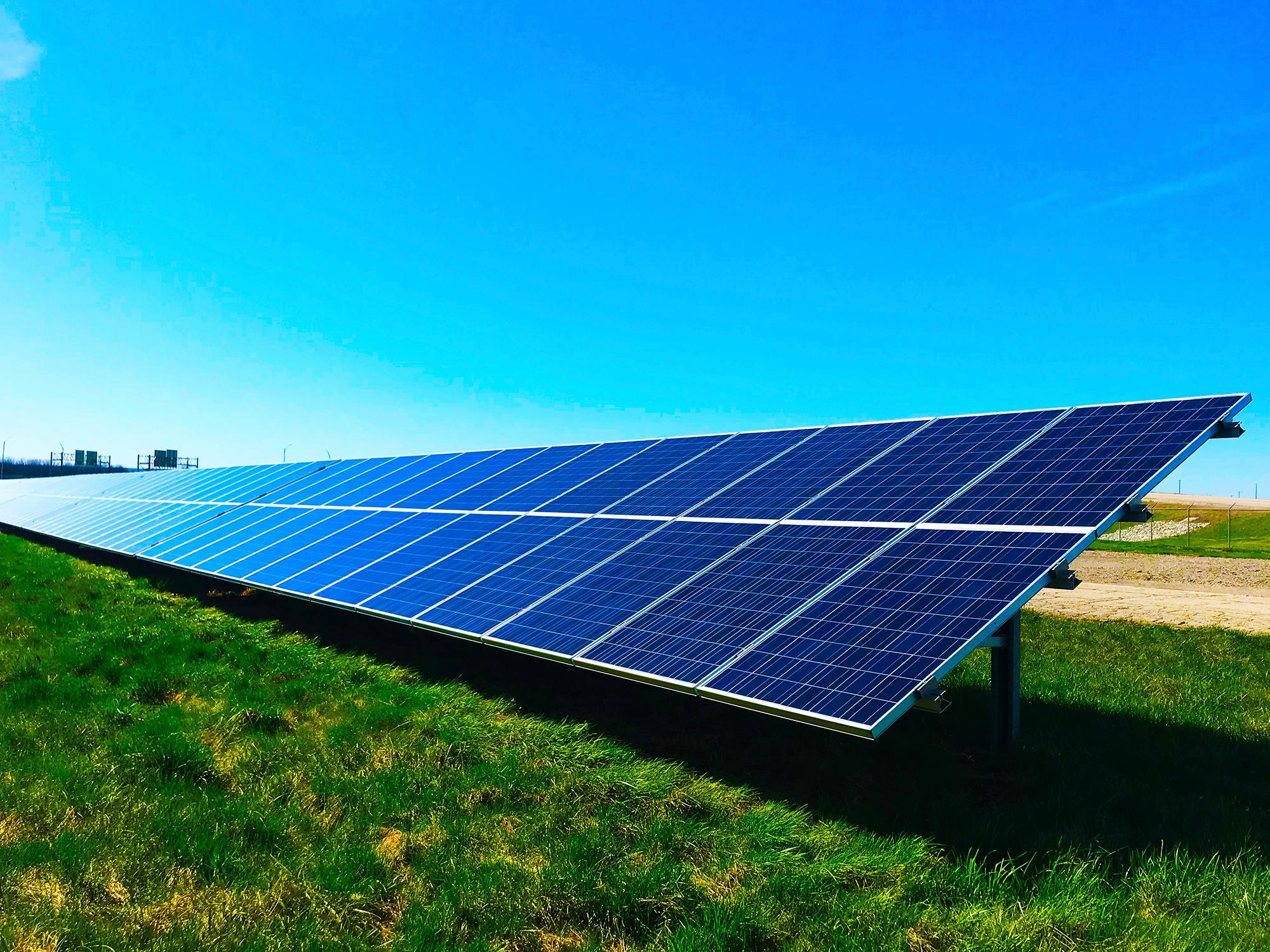 AleaSoft - Panel solar fotovoltaico