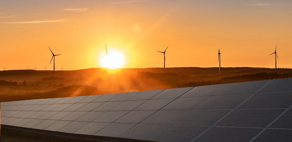 AleaSoft - Solar photovoltaic wind energy