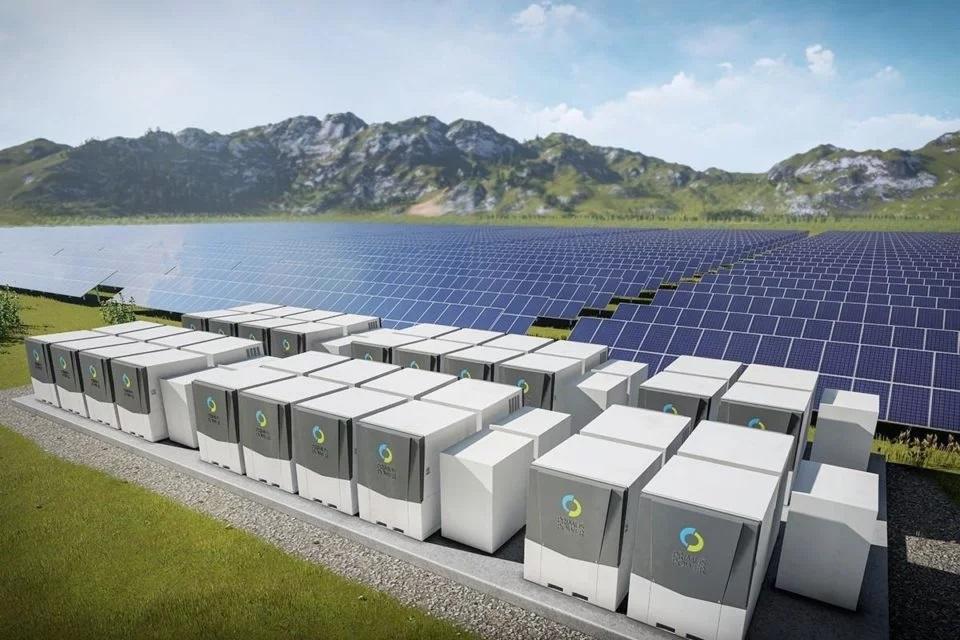 AleaSoft - Energia solar mas almacenamiento baterias litio-ion
