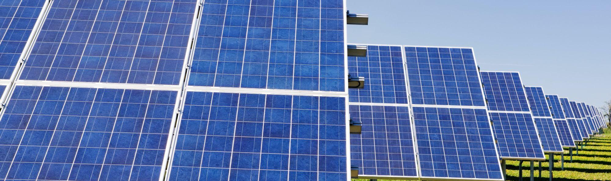 AleaSoft - Paneles solares fotovoltaicos energias renovables